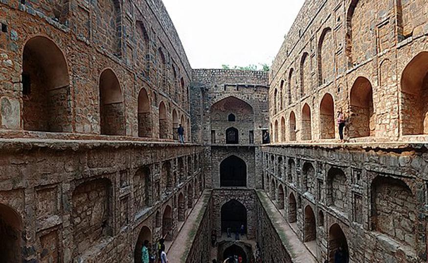 agrasen ki baoli in new delhi is a haunted place