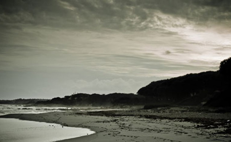 dumas beach in gujarat, a haunted place