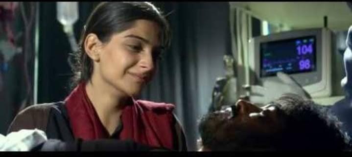 sonam kapoor crying in raanjhanaa movie