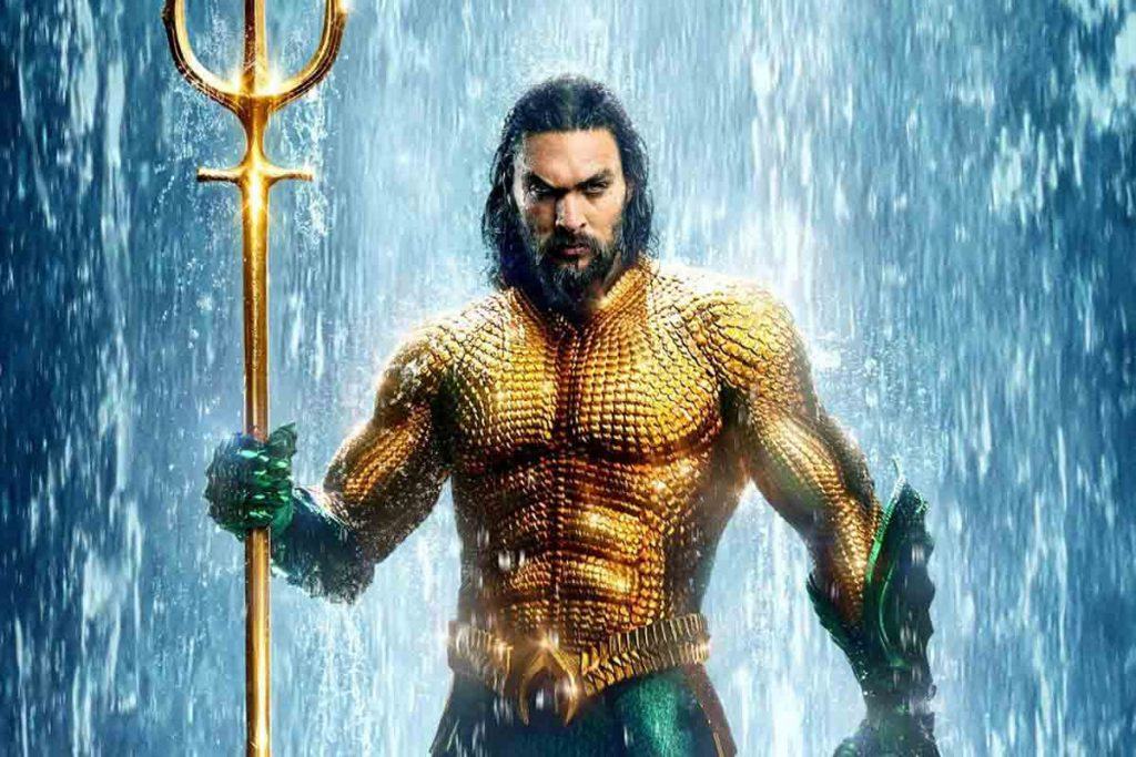 Aquaman with his weapon in sea