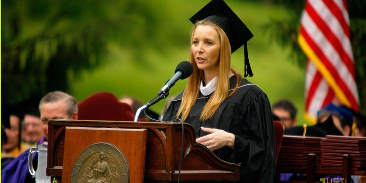 lisa kudrow or phoebe in her college where she did bachelors degree