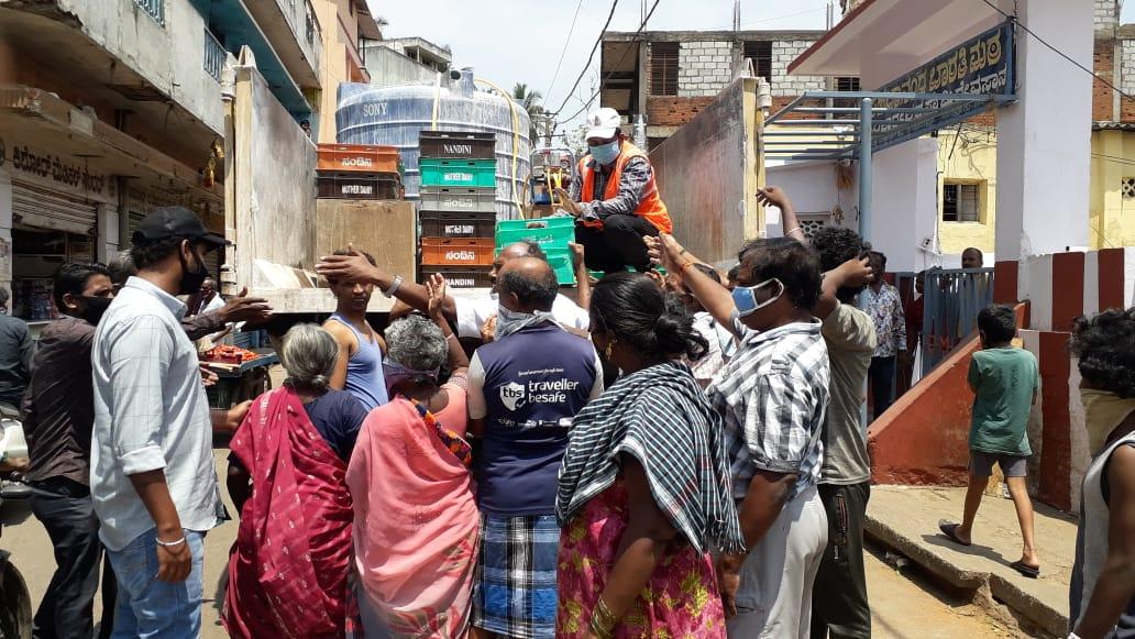 free milk disturbed the social distancing in bengaluru