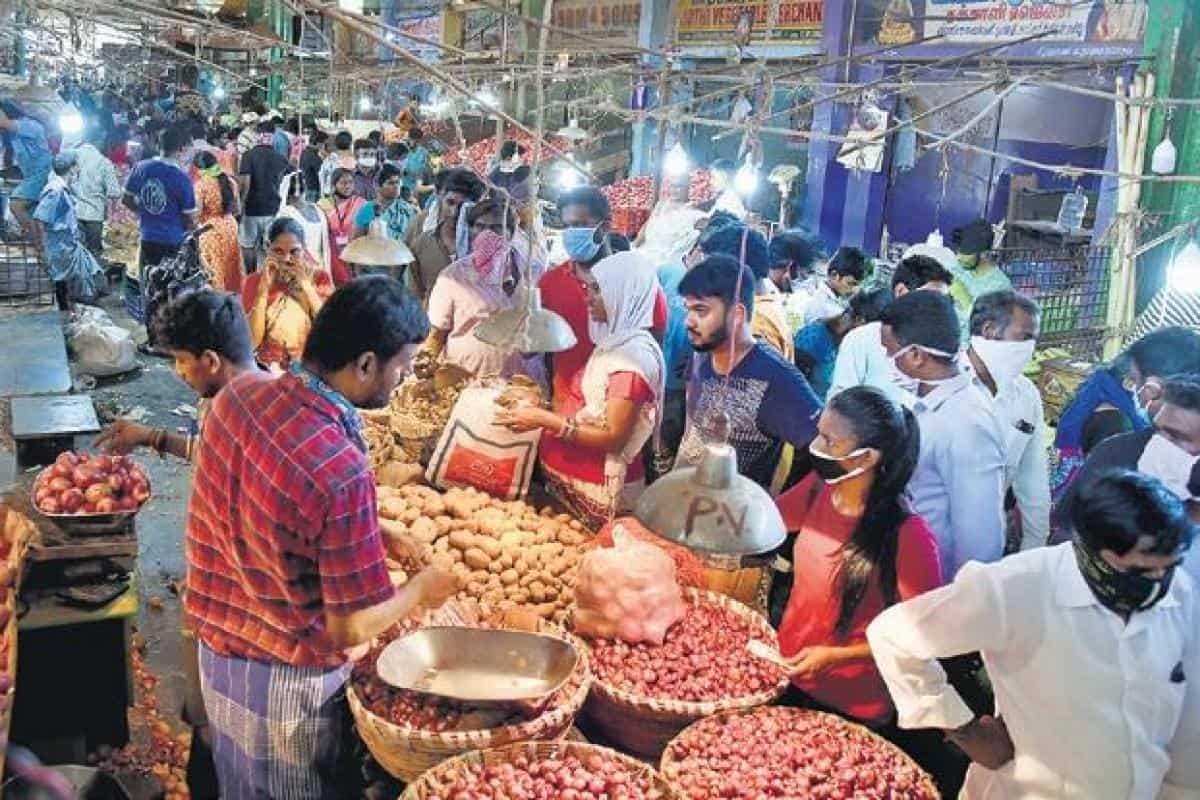 market during lockdown