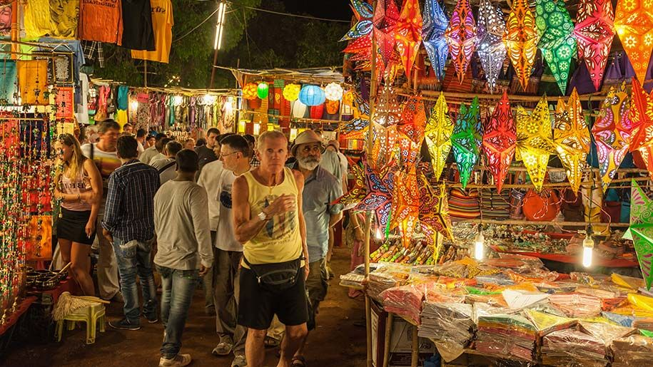 flea market in goa for shopping