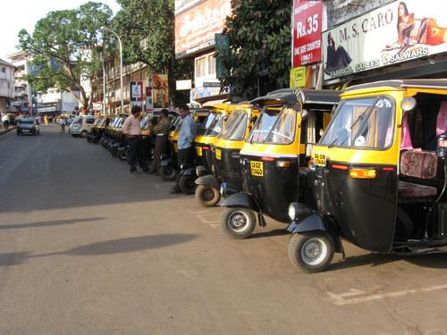 local transport auto rickshaw in goa