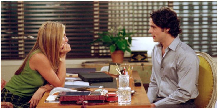 Jennifer-Aniston-as-Rachel-with-Tag-in-Friends
