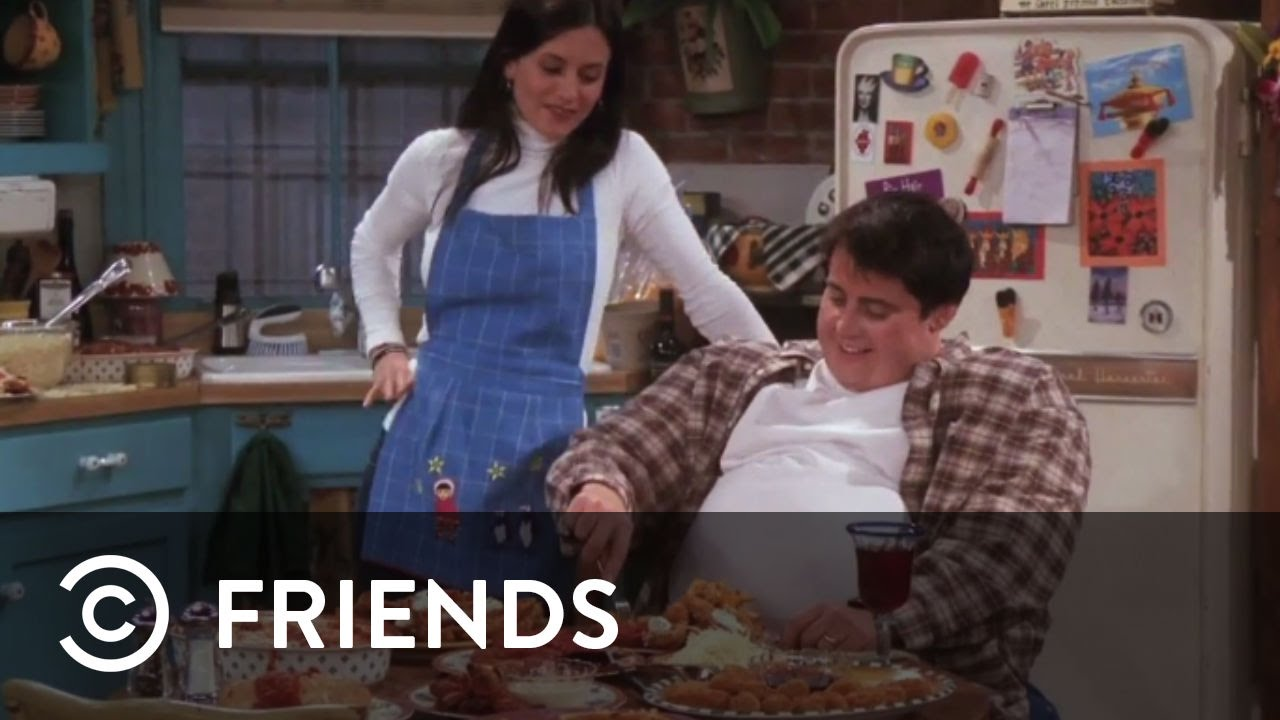 monica feeding fat joey in an imaginary episode from friends