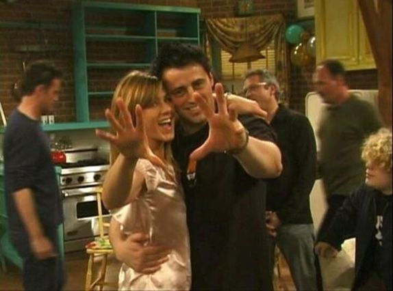 joey and rachel enjoying in the sets of friends