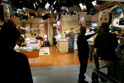joey in the set of friends while shooting a scene