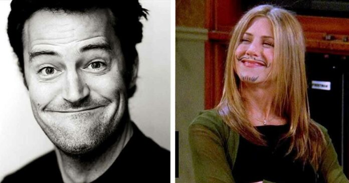 friends characters rachel and chandler smiling