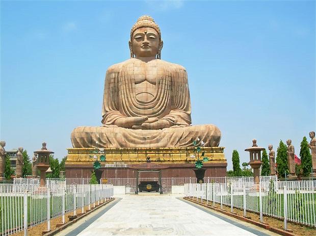 Buddha-Statue-in-Bodhgaya-Bihar