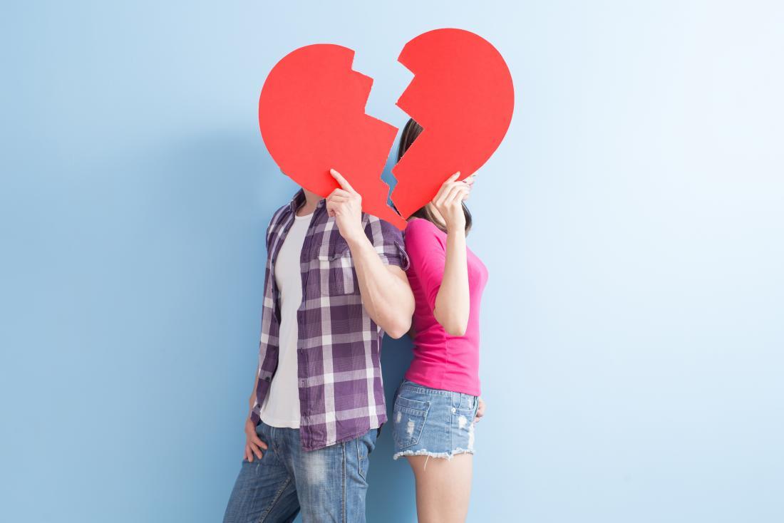 two-people-splitting-up