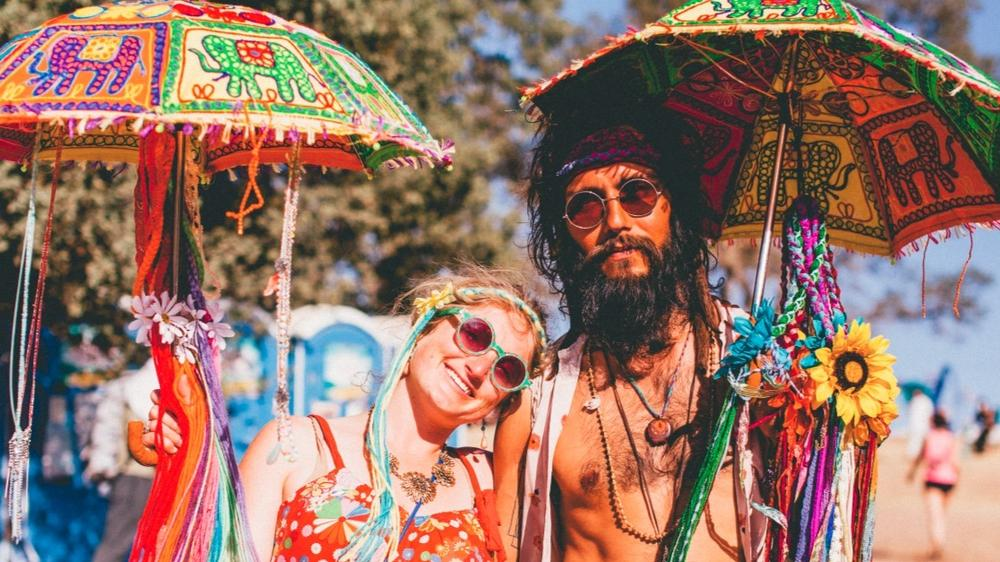 hippies in goa