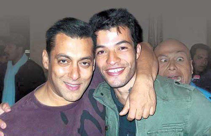 Bollywood-Stunt-Doubles-Jawed-El-Berni
