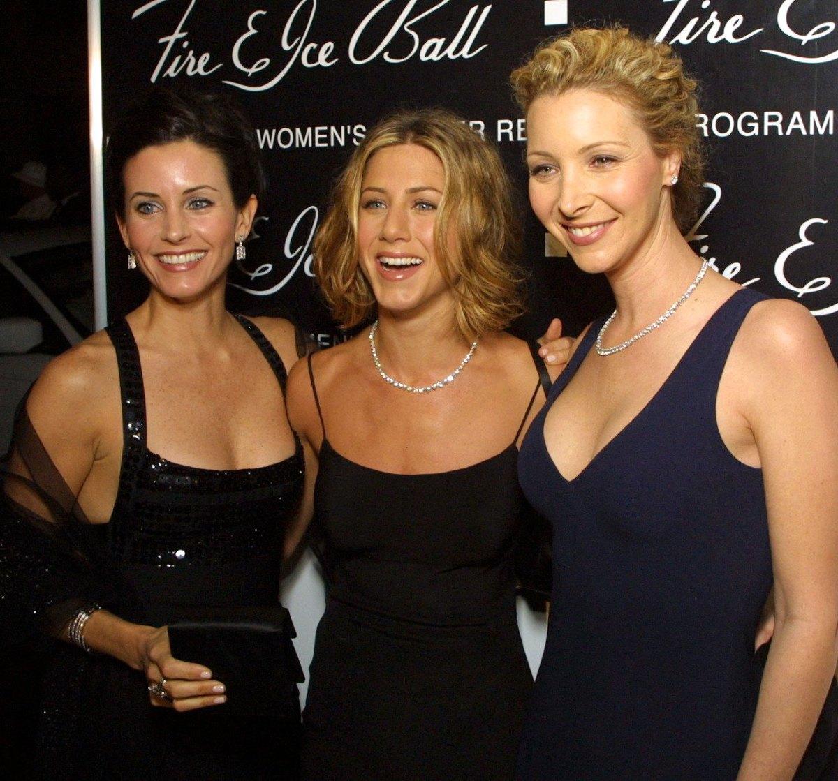 Courteney-Cox-Jennifer-Aniston-and-Lisa-Kudrow
