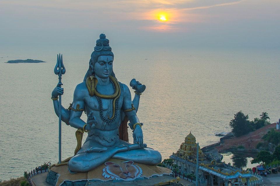 Rajasthan-India-Tour-Shiv-Temple