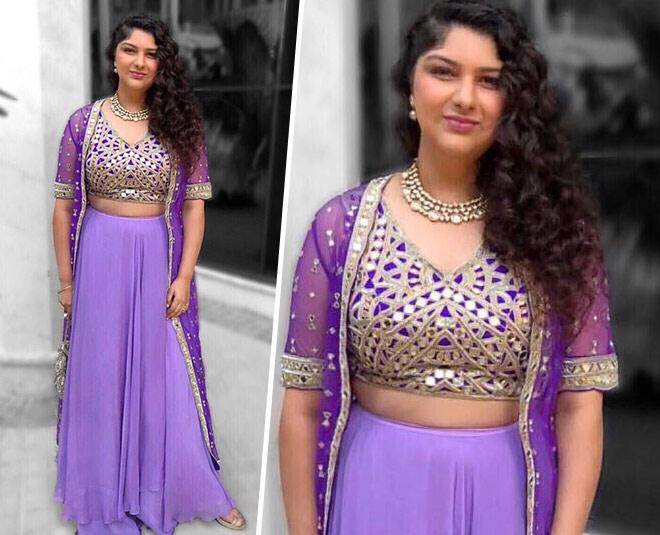 anshula-kapoor-stylish-pics-lavendar-inside