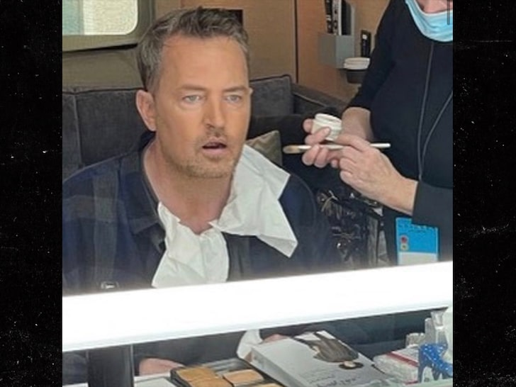 matthew perry from the sets of friends reunion