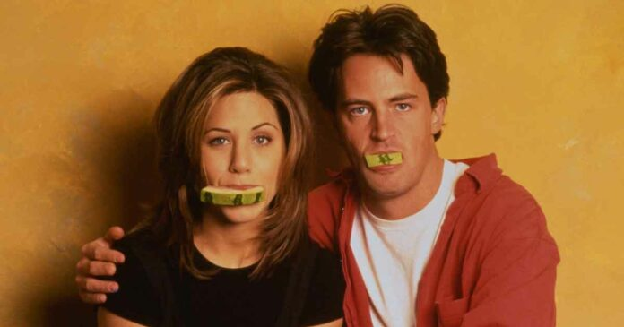 chandler bing and rachel green from friends together in a funny pose