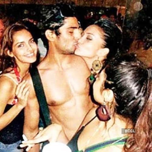 Kiss Of Amy Jackson And Prateik Babbar