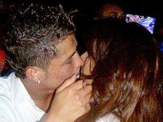 Kiss Of Bipasha Basu And Cristiano Ronaldo