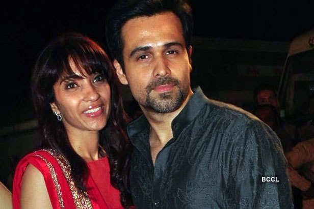 EMRAAN HASHMI married PARVEEN SHAHANI in real life who was her childhood love
