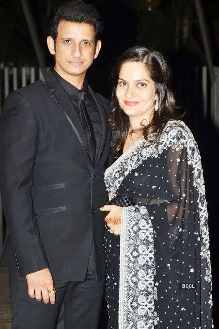 Sharman joshi married prerna chopra, daughter of prem chopra