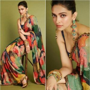 Perfect Poses for girls in saree