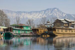 srinagar best honeymoon places in india